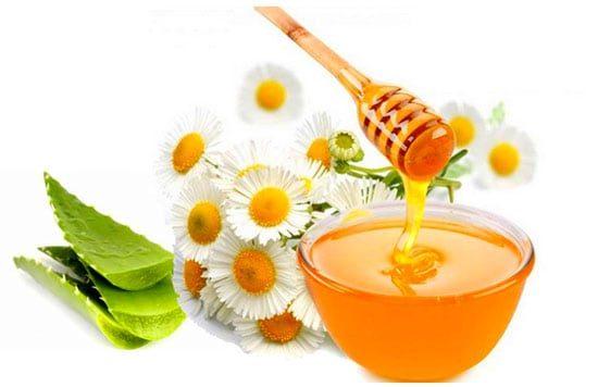 Nha đam và mật ong trị mụn thâm hiệu quả