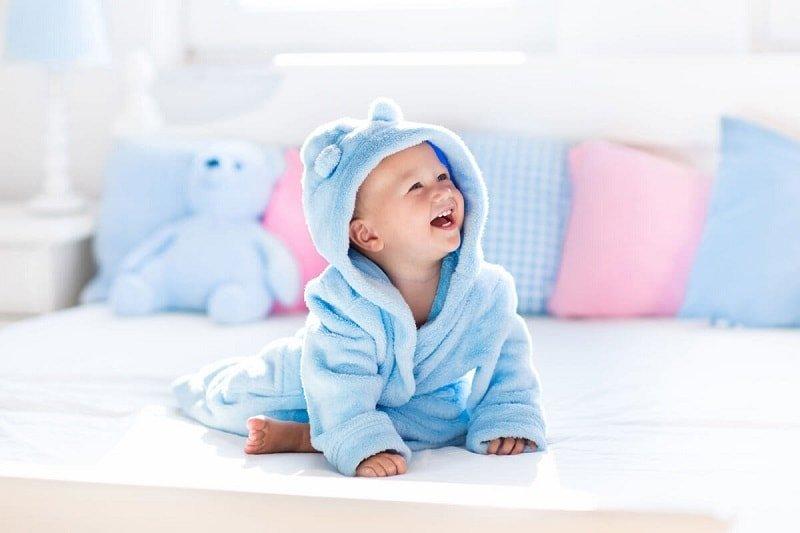 [Hỏi – Đáp] Trẻ Sơ Sinh Mấy Tháng Thì Cứng Cổ