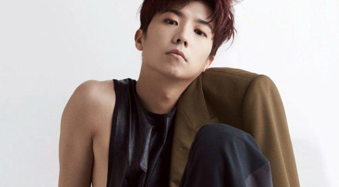 Body quá lý tưởng của nam ca sĩ Wooyoung trong 2PM
