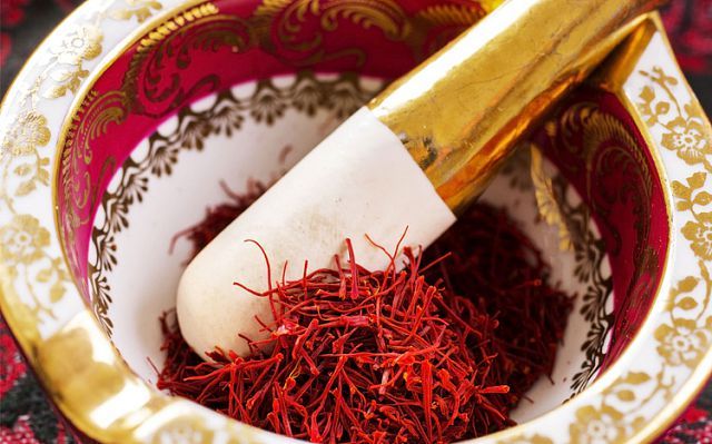 sử dụng liều lượng Saffron đúng tiêu chuẩn