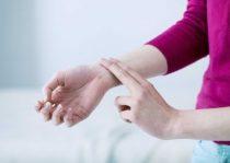 Giải đáp thắc nhịp tim bình thường là bao nhiêu? Cách đo nhịp tim tại nhà