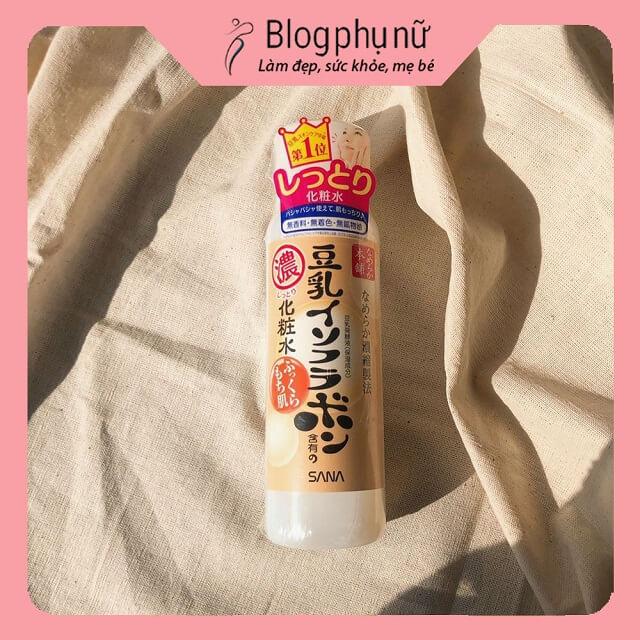 Kem dưỡng cho da dầu mụn Nameraka Honpo Sana Isoflavone Facial Cream