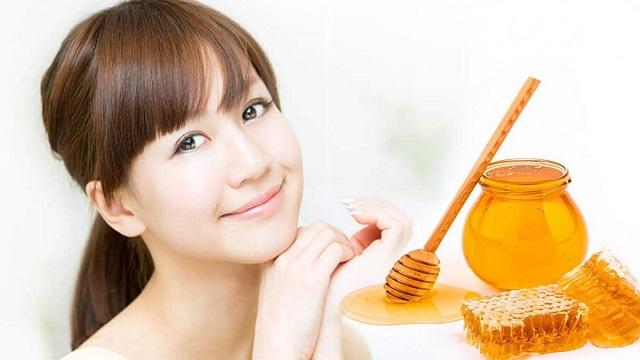 Làm sạch da dầu bằng mật ong