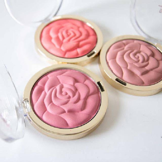 Italy Milani Rose Powder Blush